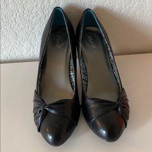 QUIPD Black Heels